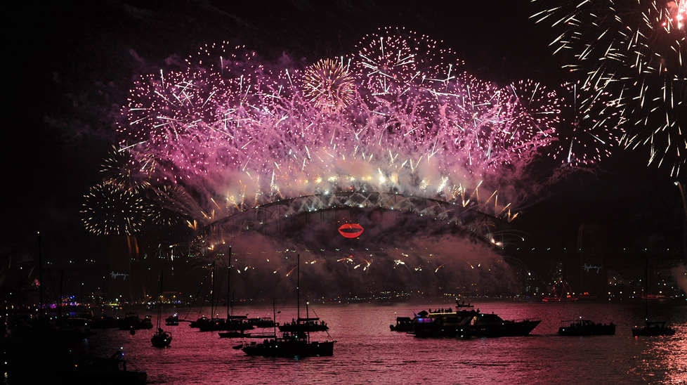 Sydney's fireworks display to welcome 2013. (Getty)