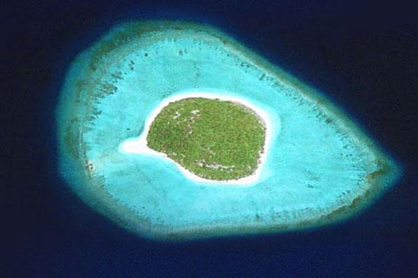 Aerial view of the $16 million Orivaru island.