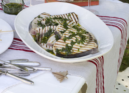 Barbecued swordfish with salmoriglio