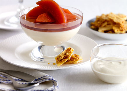 Honey panna cotta with spiced quince, cinnamon yoghurt cream and honeycomb