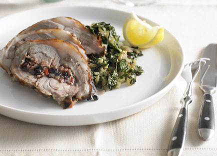 Roast lamb with currant and pine nut stuffing