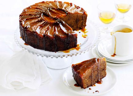 Ginger and pear cake with caramel and clotted cream
