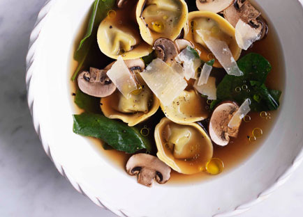 Chicken brodo with mushroom and mascarpone tortellini