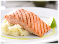 Grilled salmon with wasabi mashed