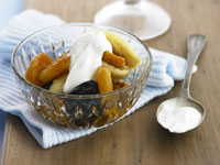 Dried fruit compote with yogurt