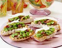 Bruschetta with broad beans