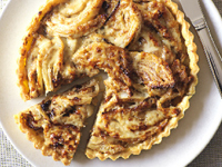 Fennel and sour cream tart