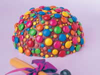 Party piñata cake