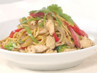 Chilli jam chicken stir-fry with hokkein noodles