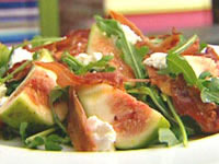 Goat cheese, fig and prosciutto salad