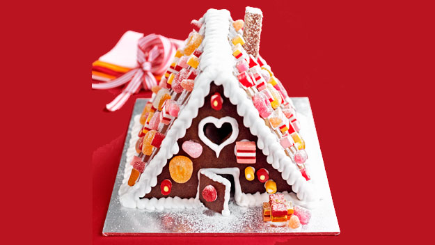 Our easiest gingerbread house ever