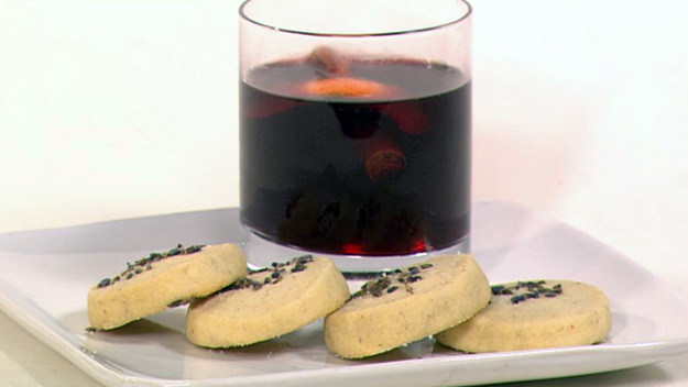 Mulled wine and Lavender scented shortbread