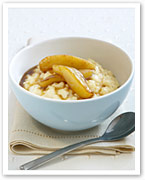 Creamy rice pudding with caramelised pears