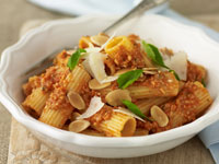 Rigatoni with almond, tomato and basil sauce