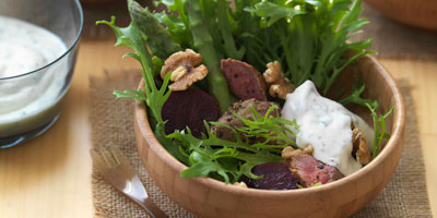Cumin lamb salad with asparagus, beetroot & minted yoghurt