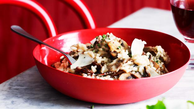Garlicky mushroom risotto