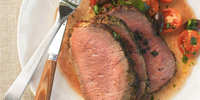 Herbed sirloin with tomatoes and olives