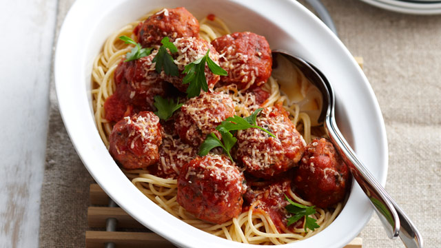 Meatballs in tomato sauce recipe - 9kitchen