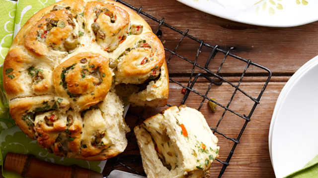 Parmesan and olive pull-apart