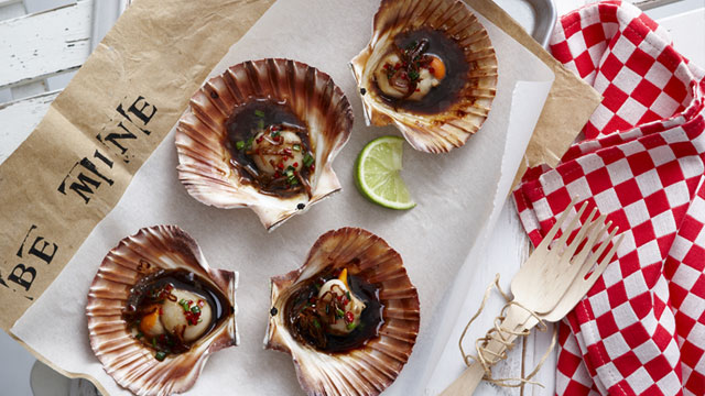 Scallops with Asian dressing