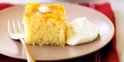 Semolina and almond cake