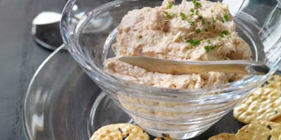 Smoked trout mousse with rice crackers