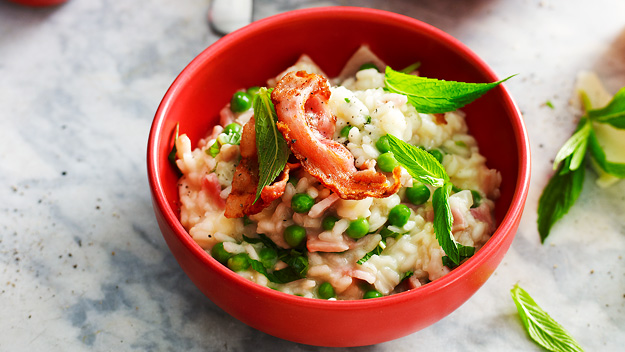 Risotto with peas and bacon