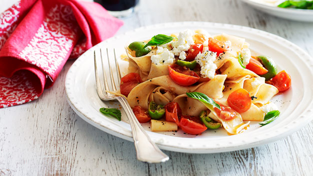 Pappardelle with tomatoes, basil, ricotta and olives