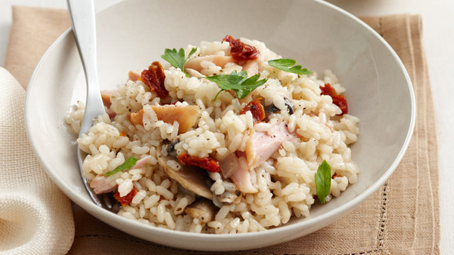 Smoked chicken, mushroom and sun-dried tomato risotto