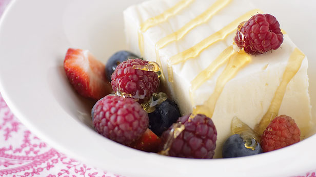 Honey and ricotta ice-cream