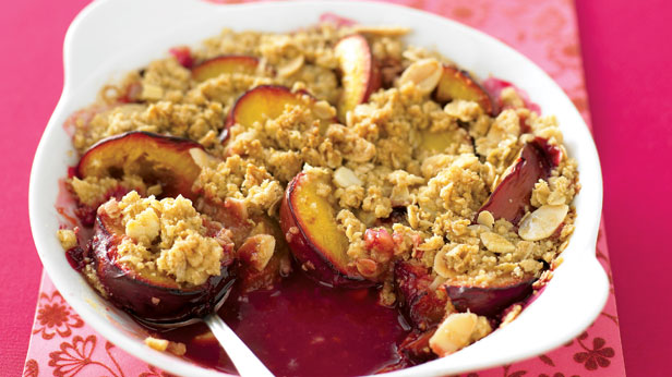 Cinnamon crunch plum crumble