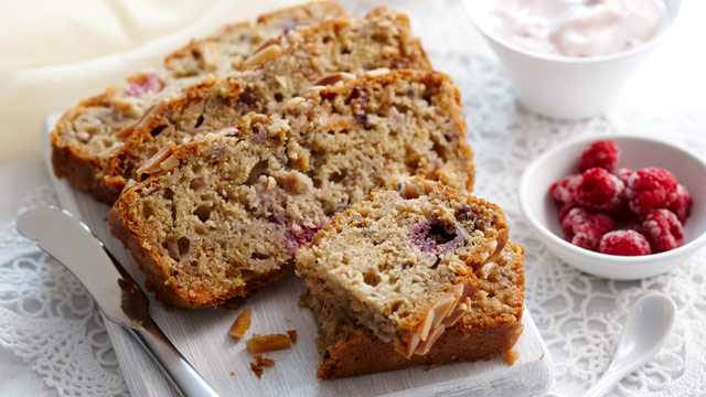 Raspberry, pear and muesli loaf