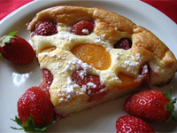 Baked strawberry pancake