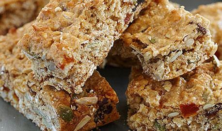 Mixed seed & oat muesli bar