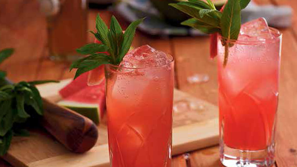 Watermelon rosa cocktail