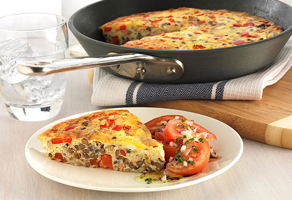 Lentil and tuna frittata with tomato salad