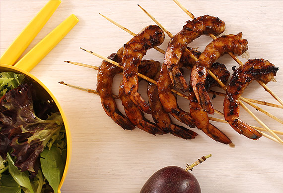 Moroccan glazed barbecue prawns
