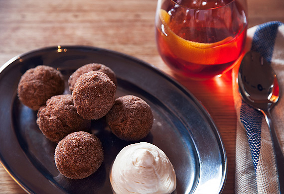 Nieuw Amsterdam's pumpkin doughnuts