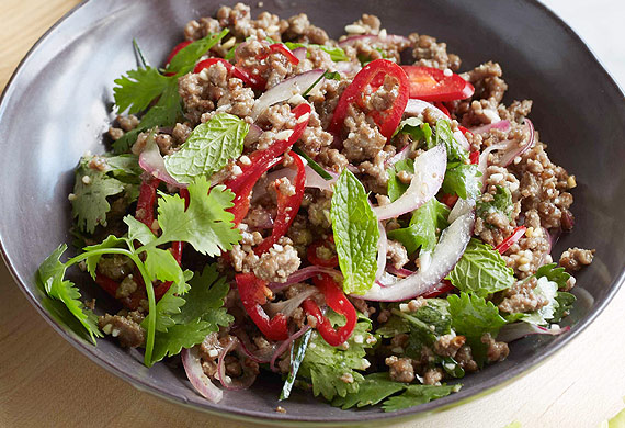 Minced beef larb with roasted rice