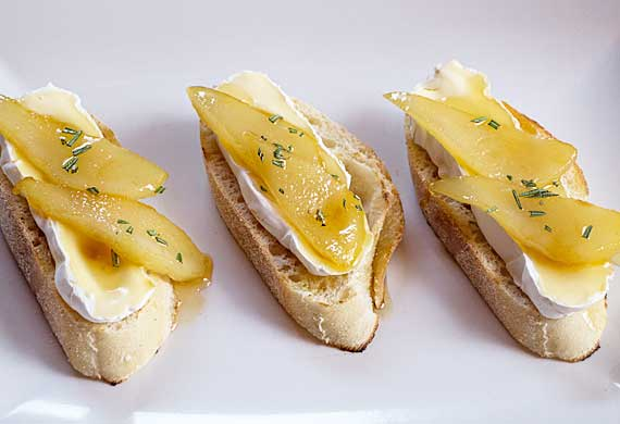 Liliana Battle's honey grilled pear crostini with brie