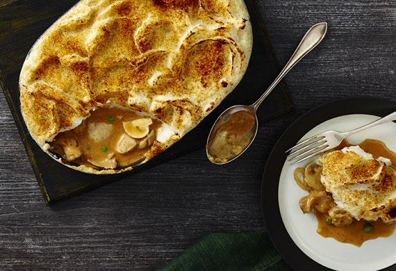 Chicken stroganoff potato pie