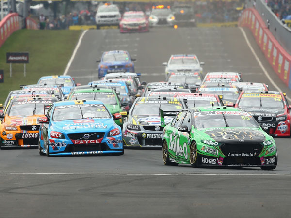 The start to the Bathurst 1000. (Getty)