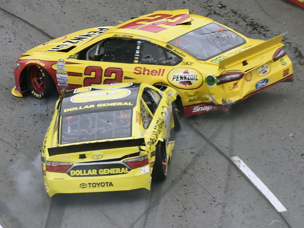 Matt Kenseth crashes into Joey Lagano. (Getty)