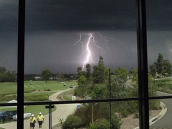 Lightning strikes over the Stonecutters Ridge Golf Club. (Twitter)