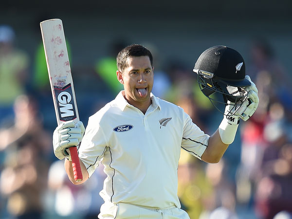 Ross Taylor celebrates his double hundred. (AAP)