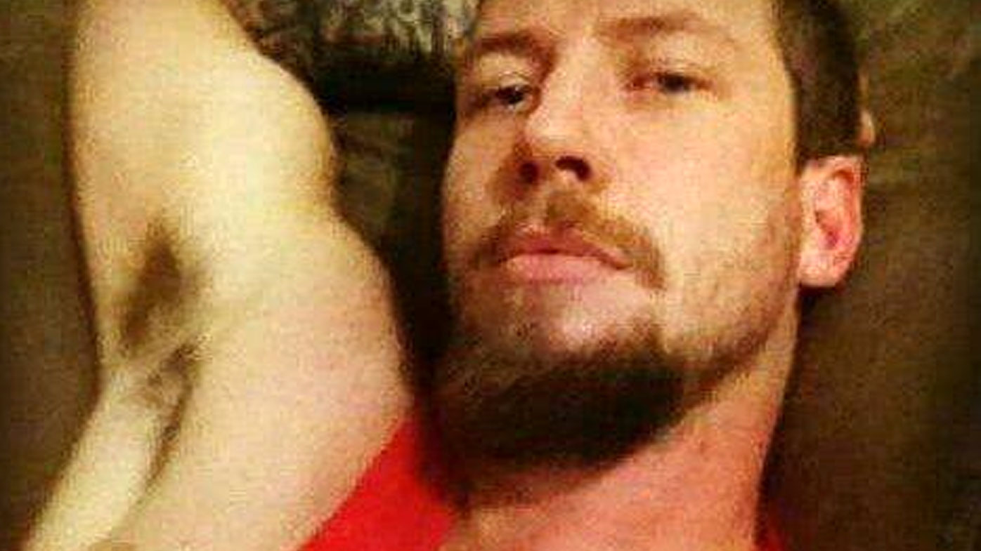 Bali prison escapee Shaun Davidson 'still in Indonesia'