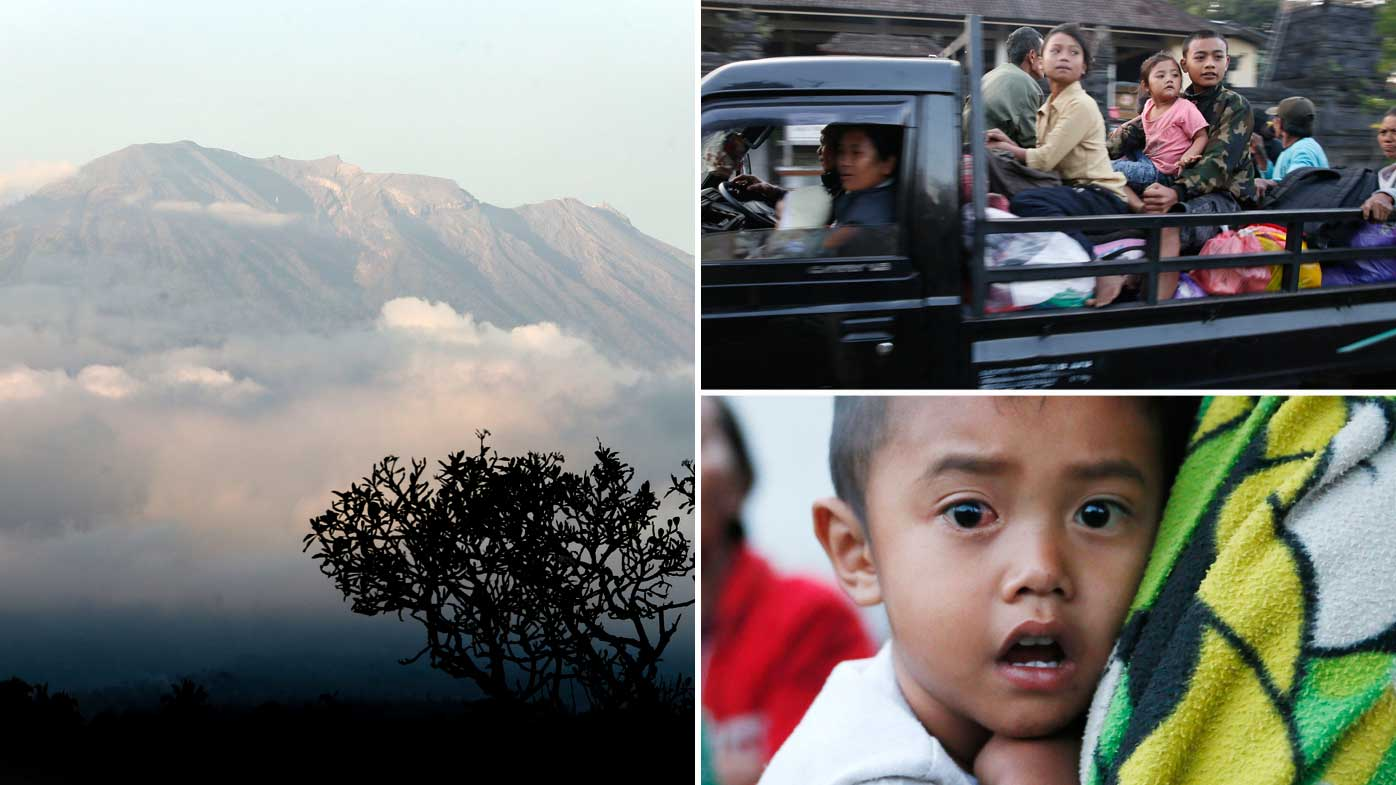 Aussie tourists on alert as thousands flee Bali volcano