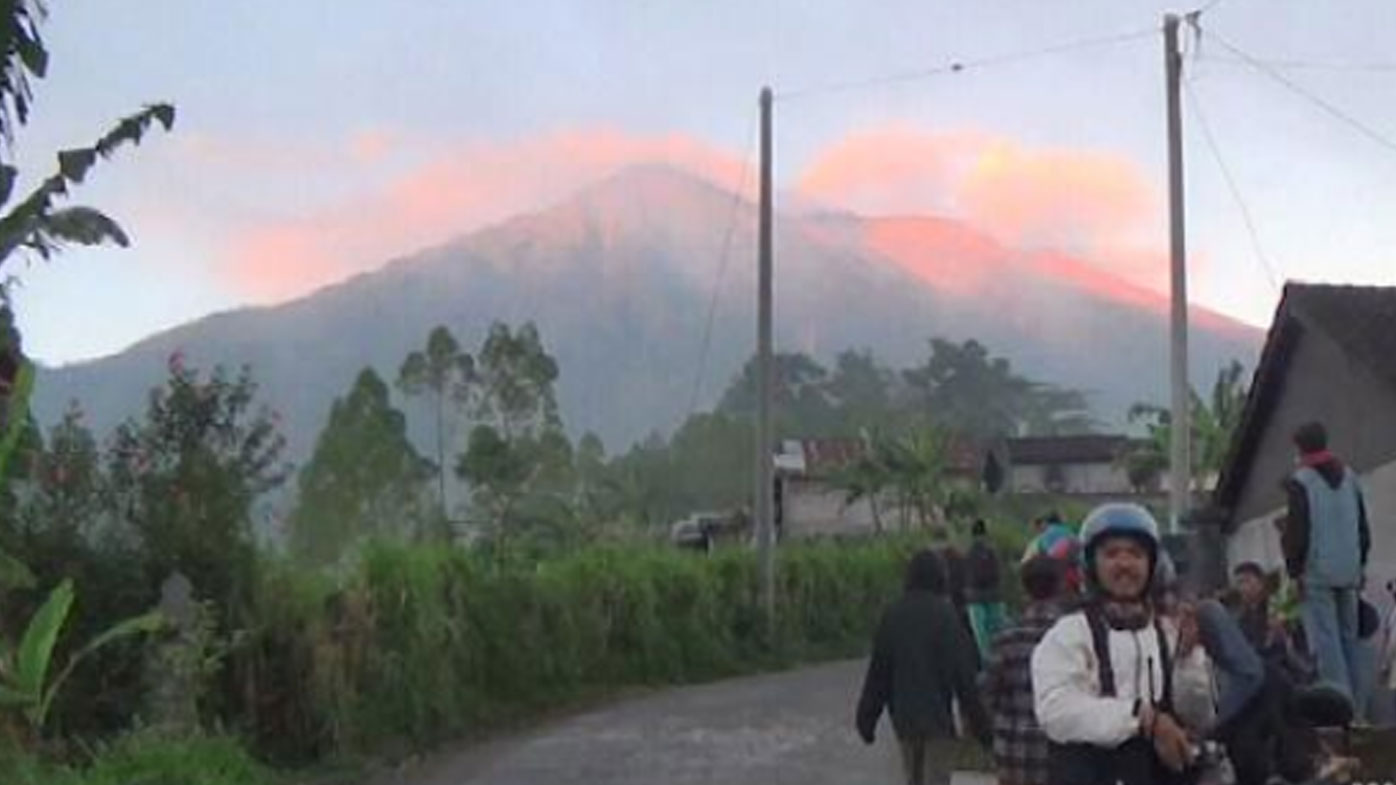 Fears of imminent volcano eruption causes mass evacuation