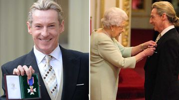 Ian Carmichael receiving the honour from the Queen. (AAP)
