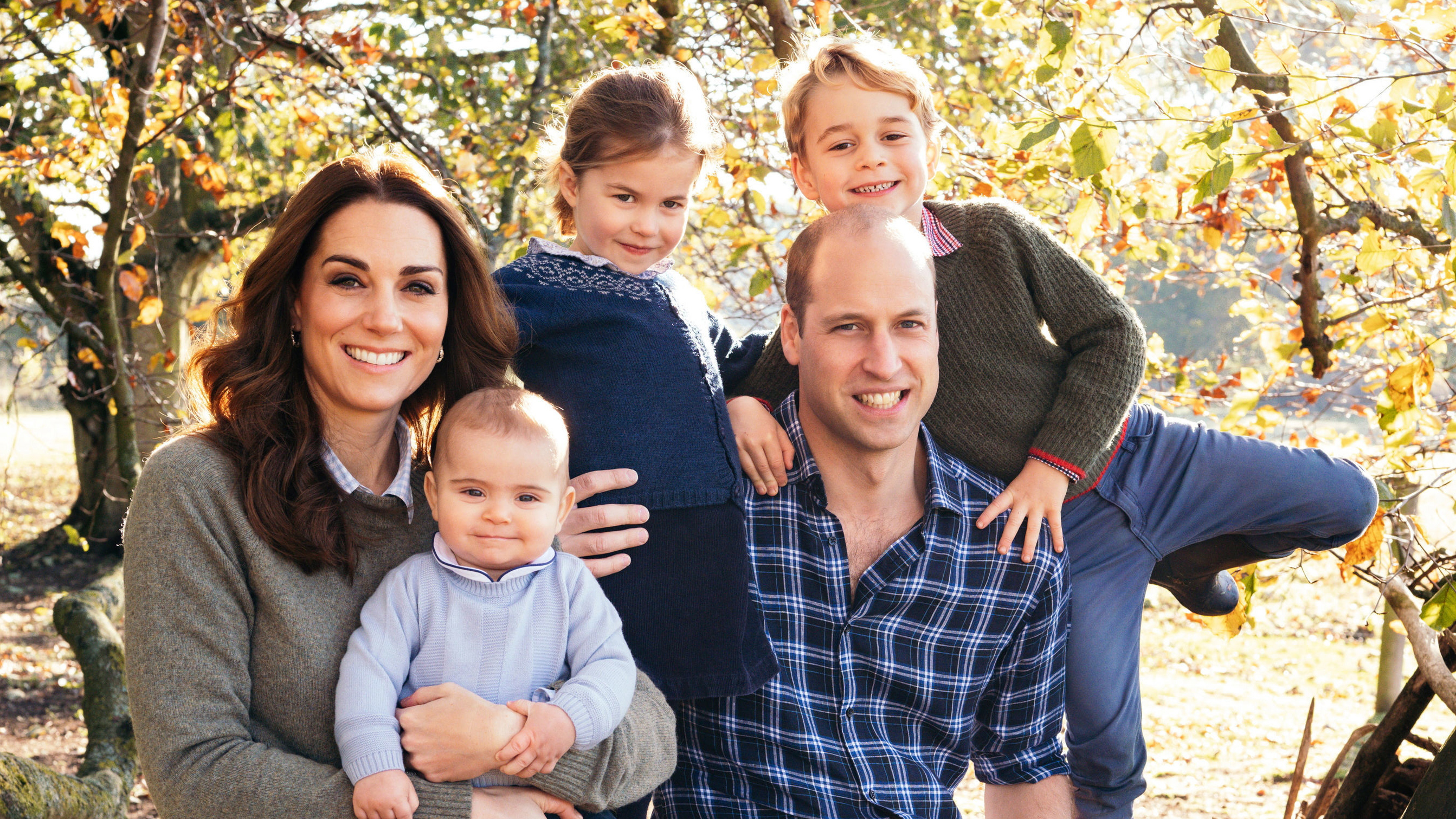Princess Charlotte compared to Princess Diana in Cambridge family Christmas card - 9Honey